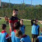 Julien Hamiaux rend visite à l'école de rugby